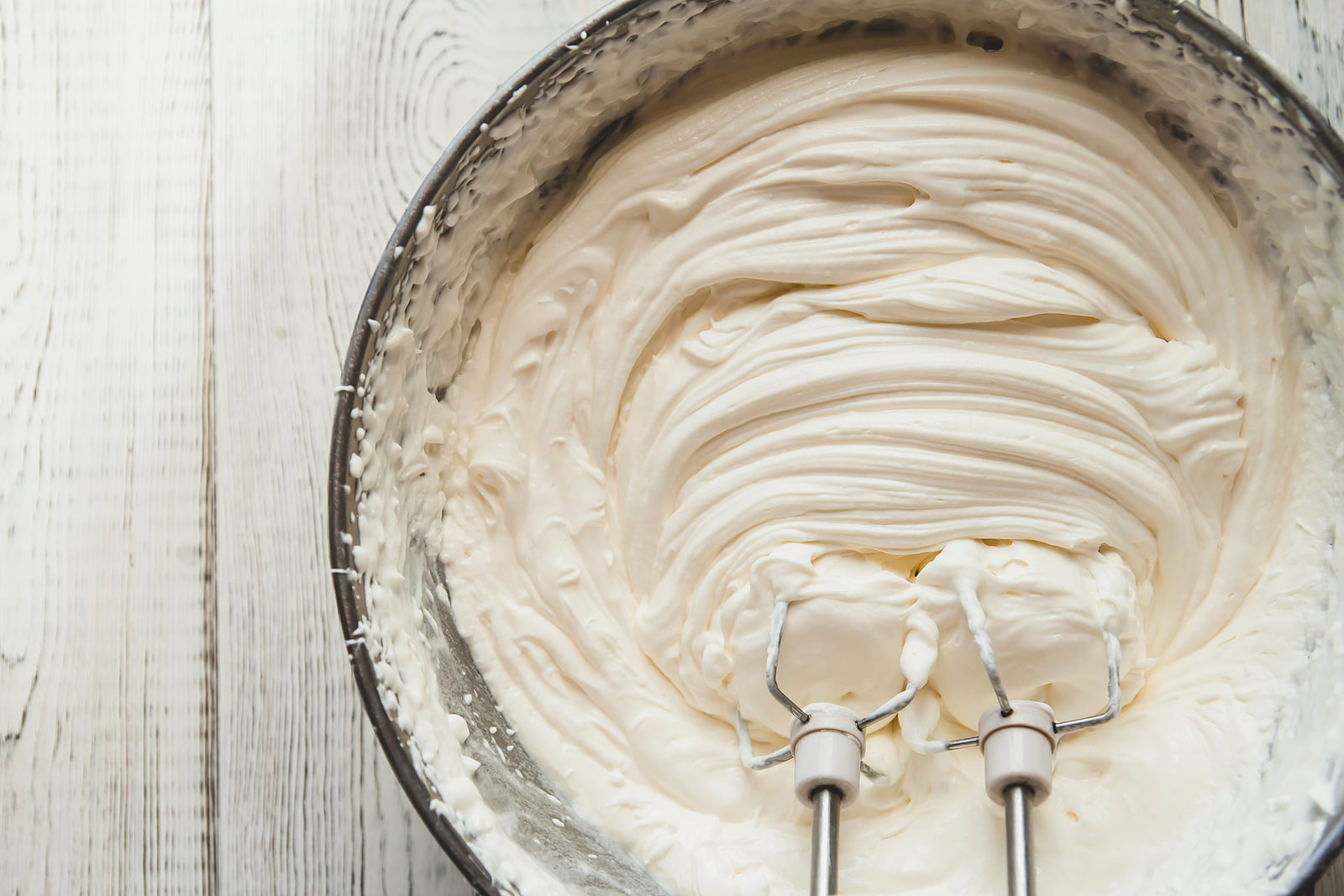This sugar-free whipped cream recipe has only 2 ingredients